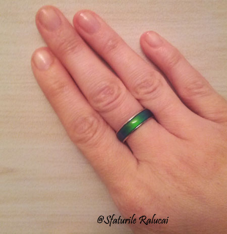 mood-ring-romance