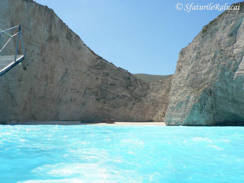 navaggio-insula-zakynthos-grecia