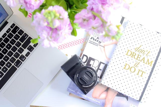 birou-blogger